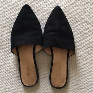 Madewell pointed toe slip on mules/flats